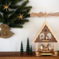 【クリスマス】ピラミッド 天使のお菓子屋さん