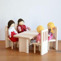 【ドールハウス/家具】〈3才-〉ダイニングテーブル+チェア(4脚)