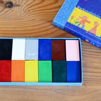 〈2才-〉みつろうブロッククレヨン 12色紙箱