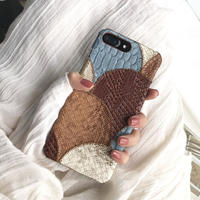 【M320】 ★ iPhone 6 / 6s / 6Plus / 6sPlus / 7 / 7Plus / 8 / 8Plus / X ★ iPhone Case パッチワーク サイド お洒落