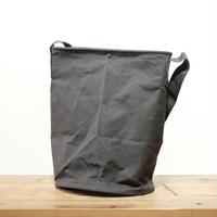 BAILER / バッグ 15L・ロング・charcoal