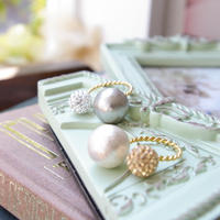 pave10& pearl14  ring