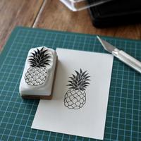 TAM'S WORKS|パイナップル 手彫りスタンプ