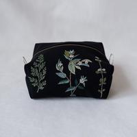 nui+ ポーチ「緑の植物」