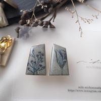 mikimichimasa - 山野草図 - グレー earring E-1