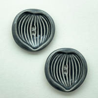 CO-|ヴィンテージ陶ボタン2個セット(リーフ・グレー)
