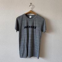 makomo|NEKOZE Tシャツ(グレー)