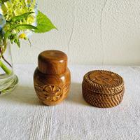 【7月号掲載分】houti お花が彫られた木筒と小物入れのセット
