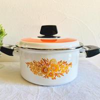 【6月号掲載分】houti ZOJIRUSHI 花柄ホーロー鍋