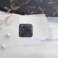 mikimichimasa|- 山野草図 - 紫 brooch BS-5
