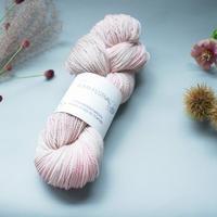 緒方伶香(REIKO OGATA) KUMA FESTIVALHanddyed yarn 色名 FAIRY BOOK