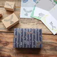 啓文社印刷|動物柄の包装紙から飛び出したスタンプセット(クマ)