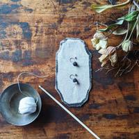 Shizuka, d.s.|Seeds with pearl《Black / ノンホールピアス》
