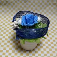 プリザーブドフラワー・ブルーのバラ・ブルーのリボン