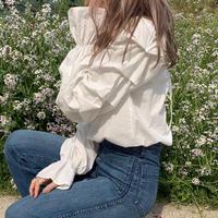 back ribbon frilly blouse