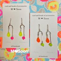【neon drop】4color ピアス&イヤリング