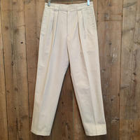 90's Levi's Two Tuck Cotton/Poly Slacks