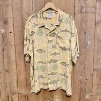 90's Columbia Rayon Fish Pattern Shirt