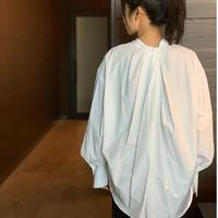 バックディテールパールボタンシャツ(ホワイト)