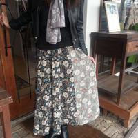 ★8枚はぎの和風小花柄フレアースカート★