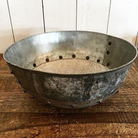 IRON ROUND BOWL  GALVANISED
