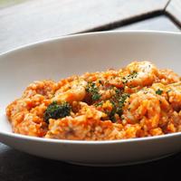 【冷凍】ニセコ産ななつぼし玄米ご飯とエビのトマトリゾット