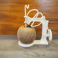 アンティーク風 ミニチュア鋳物ミシン&麻紐セット(ハサミ付) ホワイト