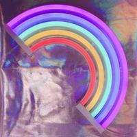 虹のネオンライト