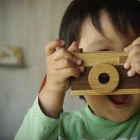 カメラのおもちゃ(ストラップ付き)