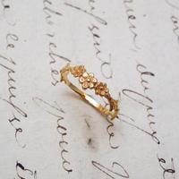 花3連のリング