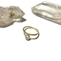 【受注商品】Bijou ring (ブルートパーズ×白蝶貝)
