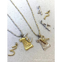 Letter charm 〈Gold〉