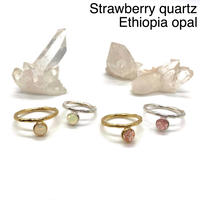 【受注商品】Bijou ring  〈Strawberry quartz/Ethiopia opal〉