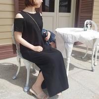 【5月下旬再入荷予定!】オフショルダーワンピース ブラック黒 カーキ