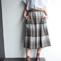 Graish Brown  plaid tuck skirt