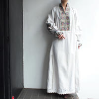 ~1940's East Europe Embroidery dress 【Gray】