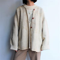 Hand embroidery No collar wool coat (with 1920's Bakelite button)