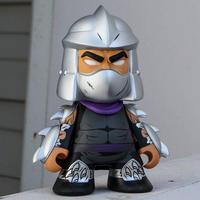 キッドロボット キッドロボット Kidrobot Kidrobot x TMNT Shredder Medium 7 Inch Figure