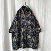"▪️ 90's "" VANHEUSEN "" Leaf "" Rayon Shirts ▪️"