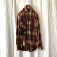 "70′s "" Levi′s "" Cotton Flannel Check Shirts with Leather repair"