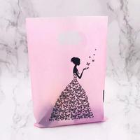 新品送料込 ギフトバッグ 手提げ袋 100枚セット プリンセス 蝶々 バレンタイン お誕生日会 結婚式 ラッピング プレゼント