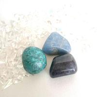 Blueタンブルストーン3個セット (クリソコラ、アイオライト、デュモルチェライト)