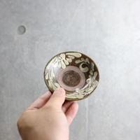 【北窯 宮城正享工房】イッチン菊紋唐草 3寸皿③