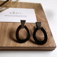 hook _ black pierce / earring