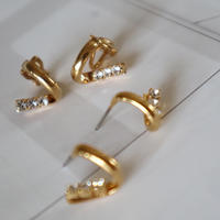 【nikori】 v gold pierce/ earring