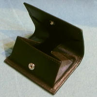 ベビーカーフスキンコインケース