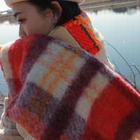 いつか冬を過ごした二人のコタツ・マフラー / nisai