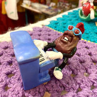 California Raisins PVC Pianist
