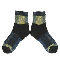 【nonnette】Tree withering  Socks     NS240T-99 / black