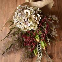 野の花屋  アジサイとスモークツリースワッグ